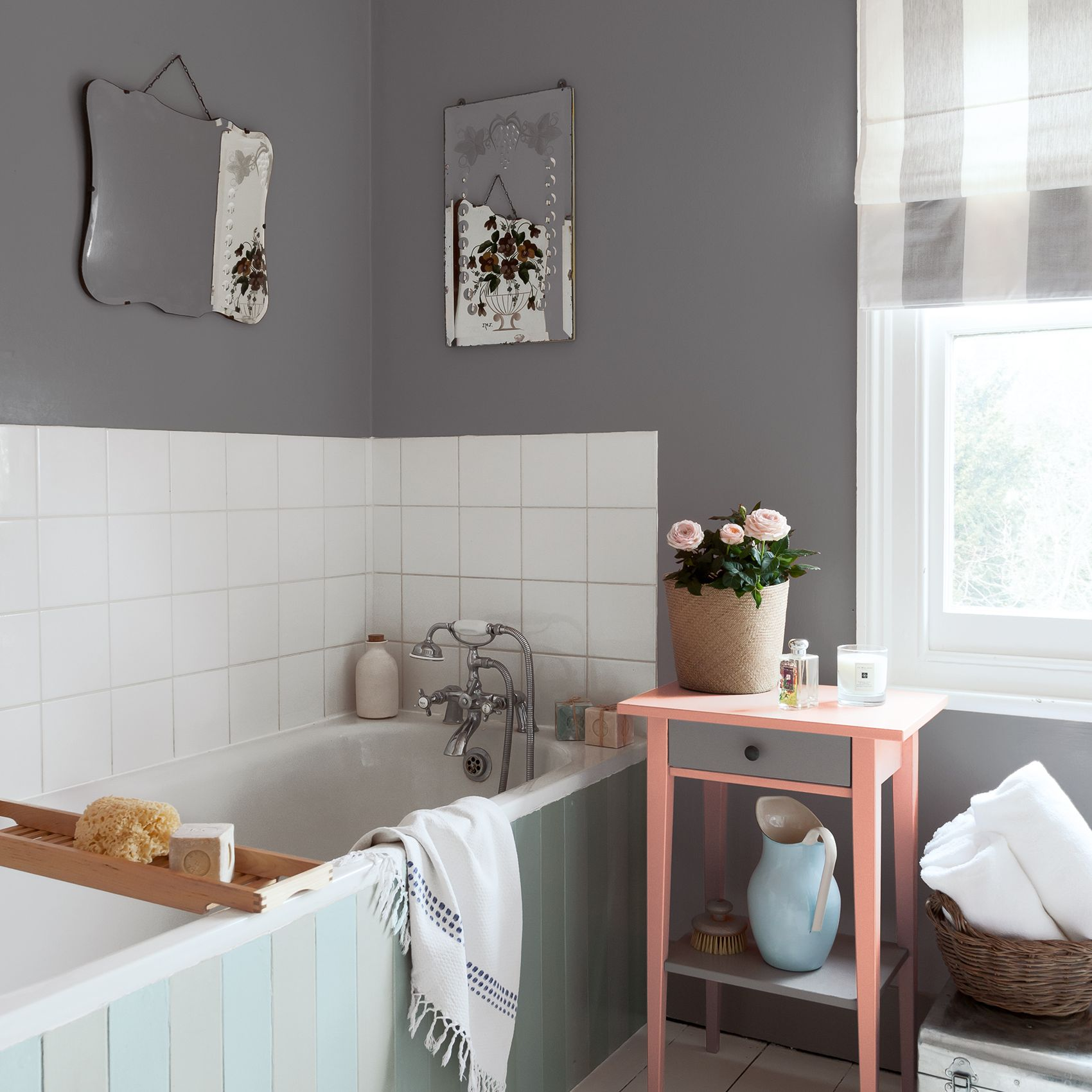 Best Paint For Bathrooms With Humidity: How To Identify, Repair And Protect Against Damp At Home