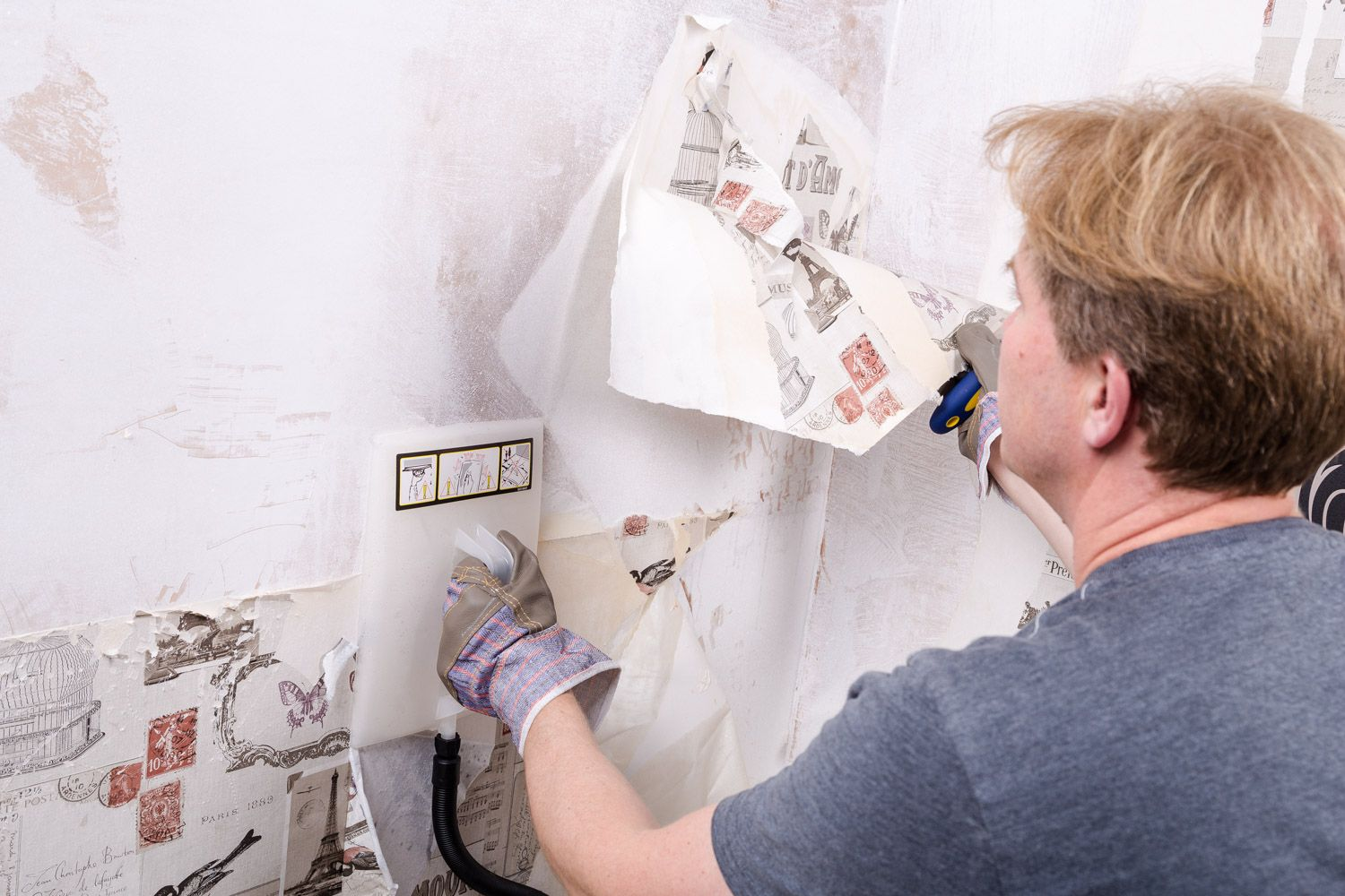 How to remove wallpaper   Ideas & Advice   DIY at B&Q