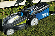 Buyer's guide to lawnmowers