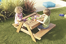 Outdoor fun for the kids - make room for the little ones