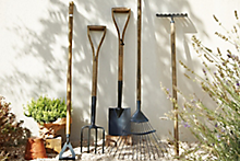Buyer's guide to building and landscaping tools