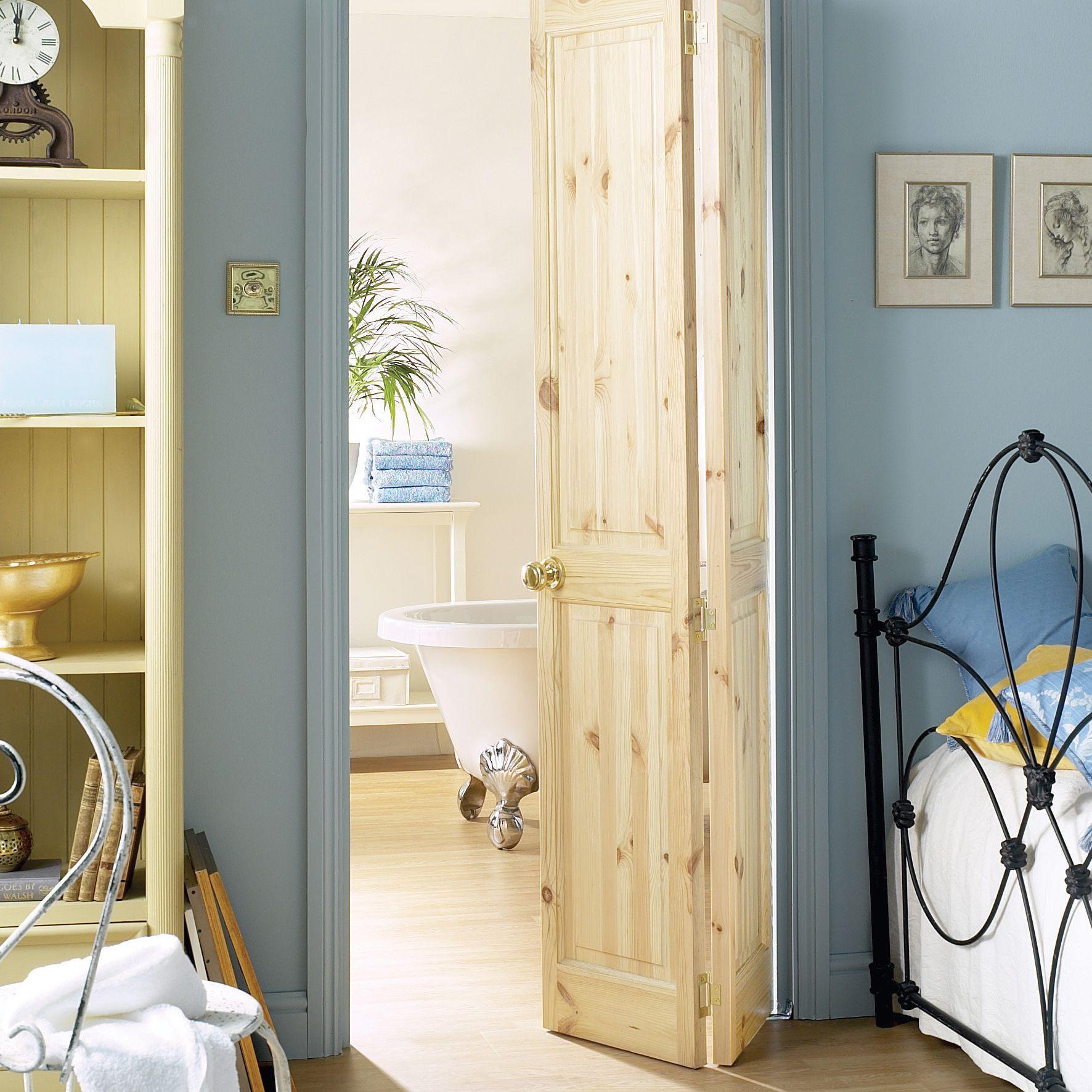 4 panel knotty pine glazed internal bi fold door h. Black Bedroom Furniture Sets. Home Design Ideas