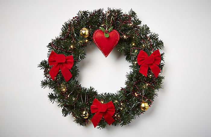 Christmas wreath personalised with Traditional decorations