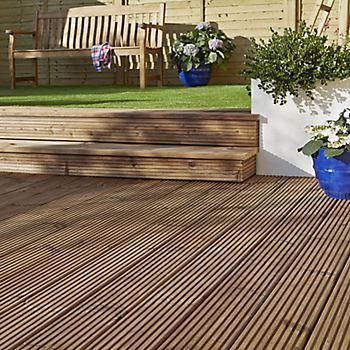 Oak decking stain