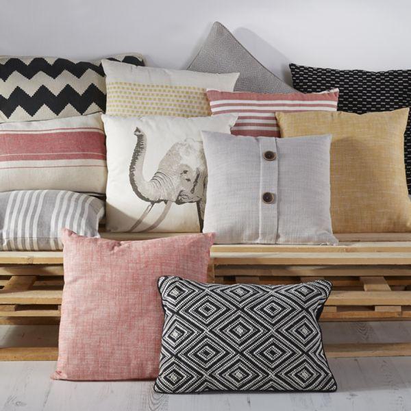 Cushions. Cushions   Home Furnishings   DIY at B Q