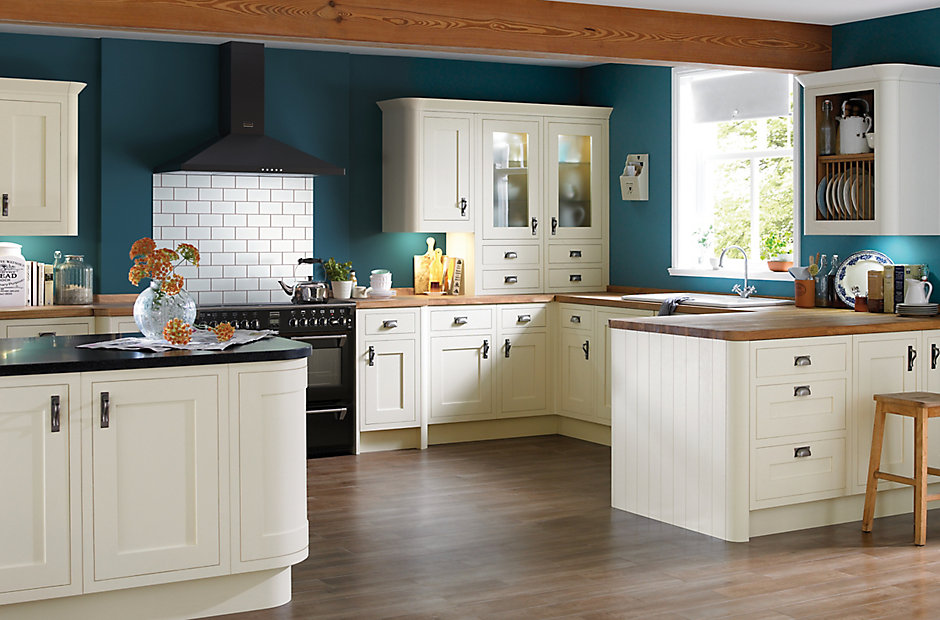 Cooke Lewis Carisbrooke Ivory Framed Kitchen Ranges Kitchen Rooms Diy At B Q