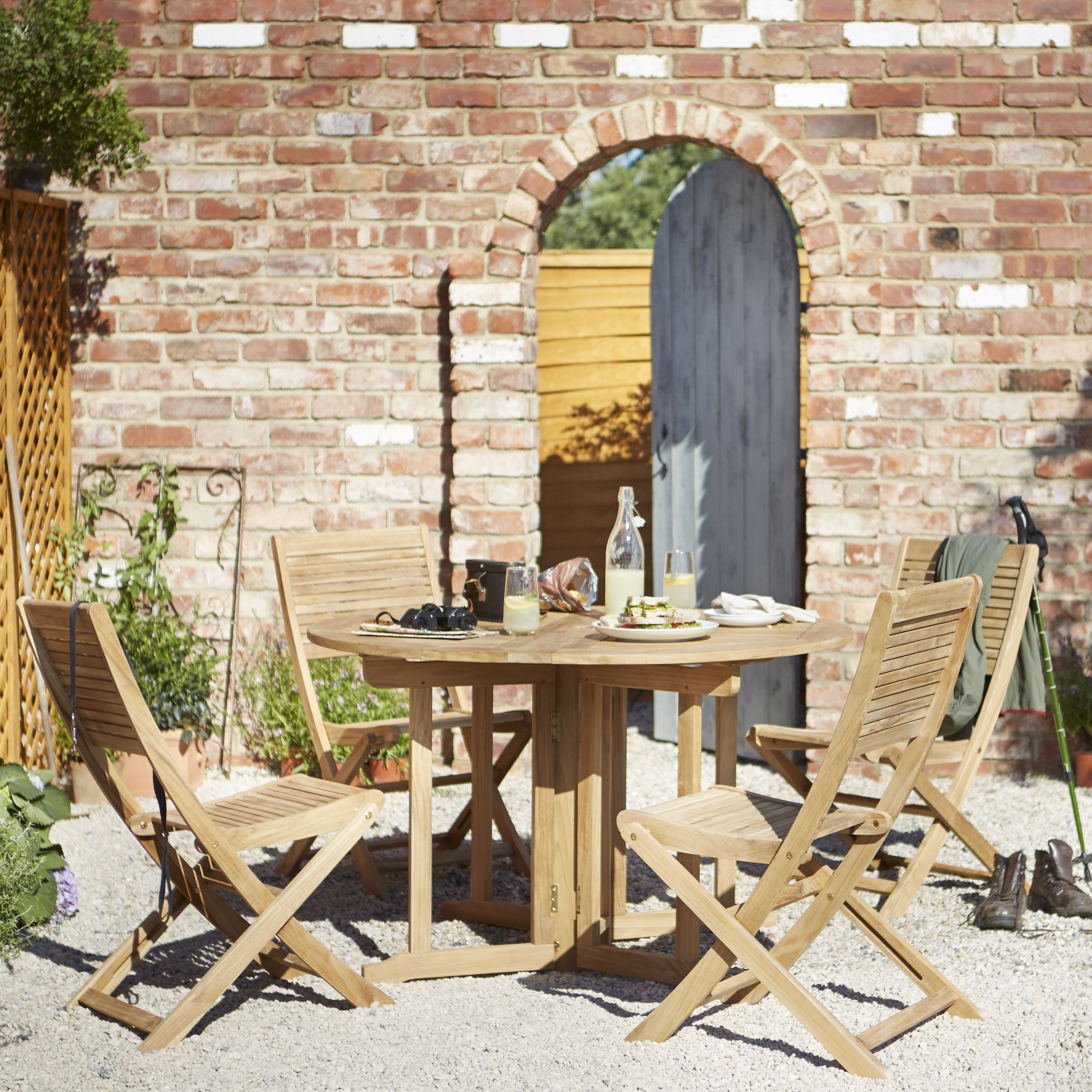 Garden Furniture  Garden Table  Chair Seta