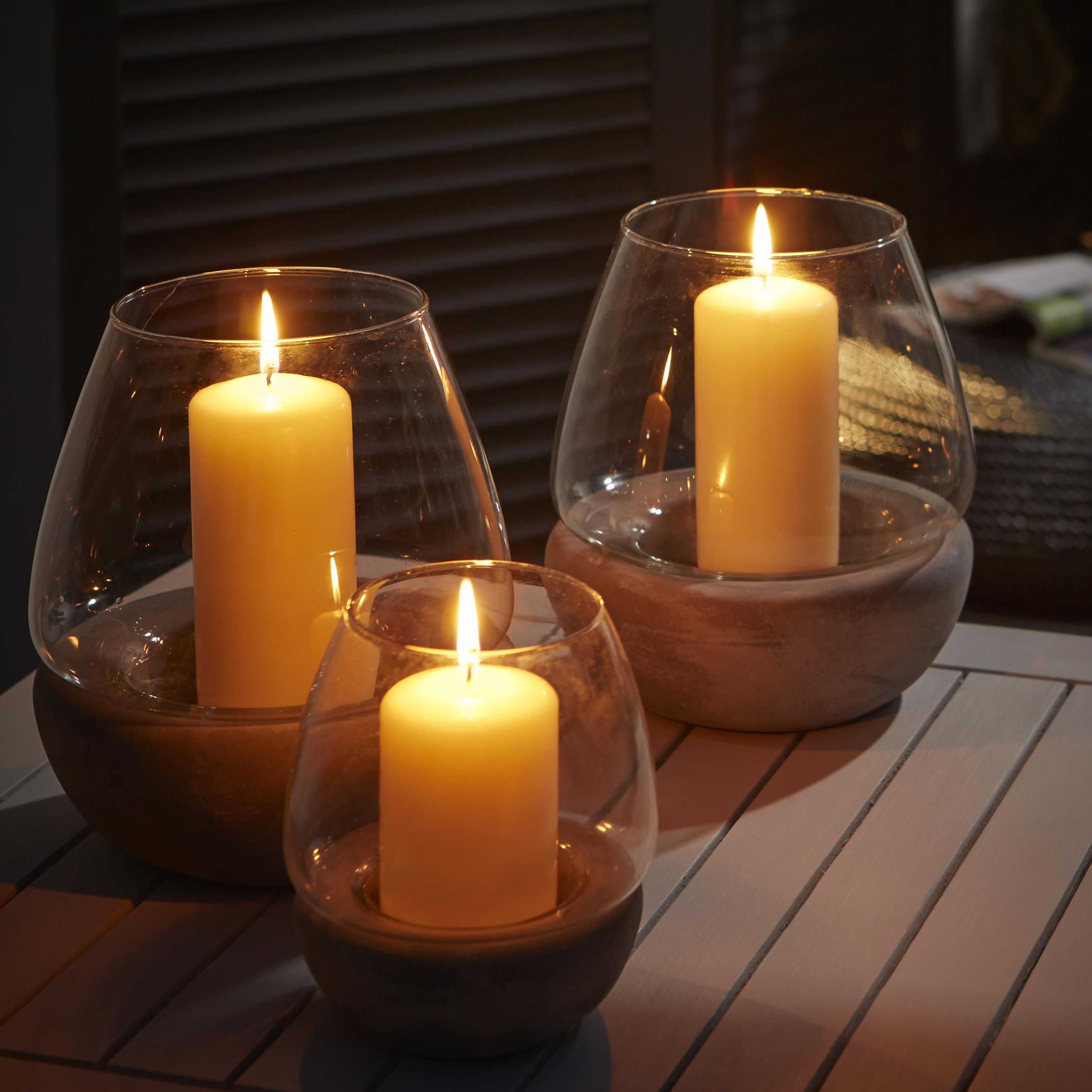 Buyer S Guide To Outdoor Lighting Help Amp Ideas Diy At B Amp Q