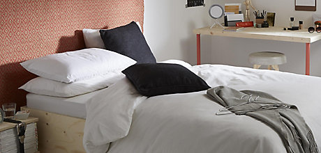 Buyer's Guide to Duvets & Pillows