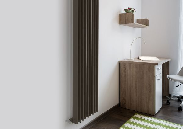Designer radiators horizontal vertical radiators diy - Designer vertical radiators for kitchens ...