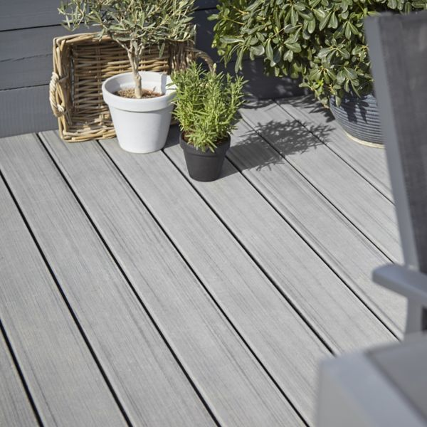 Decking Stains & Oils