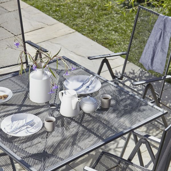 Garden tables. Garden Furniture   Garden Table   Chair Seta