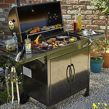 Cooking tools and Blooma barbecue
