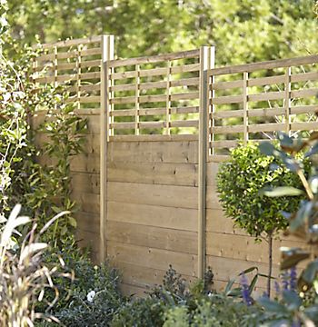 Blooma NEVA Wood Trellis Panel in garden