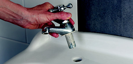 How to fit and repair taps