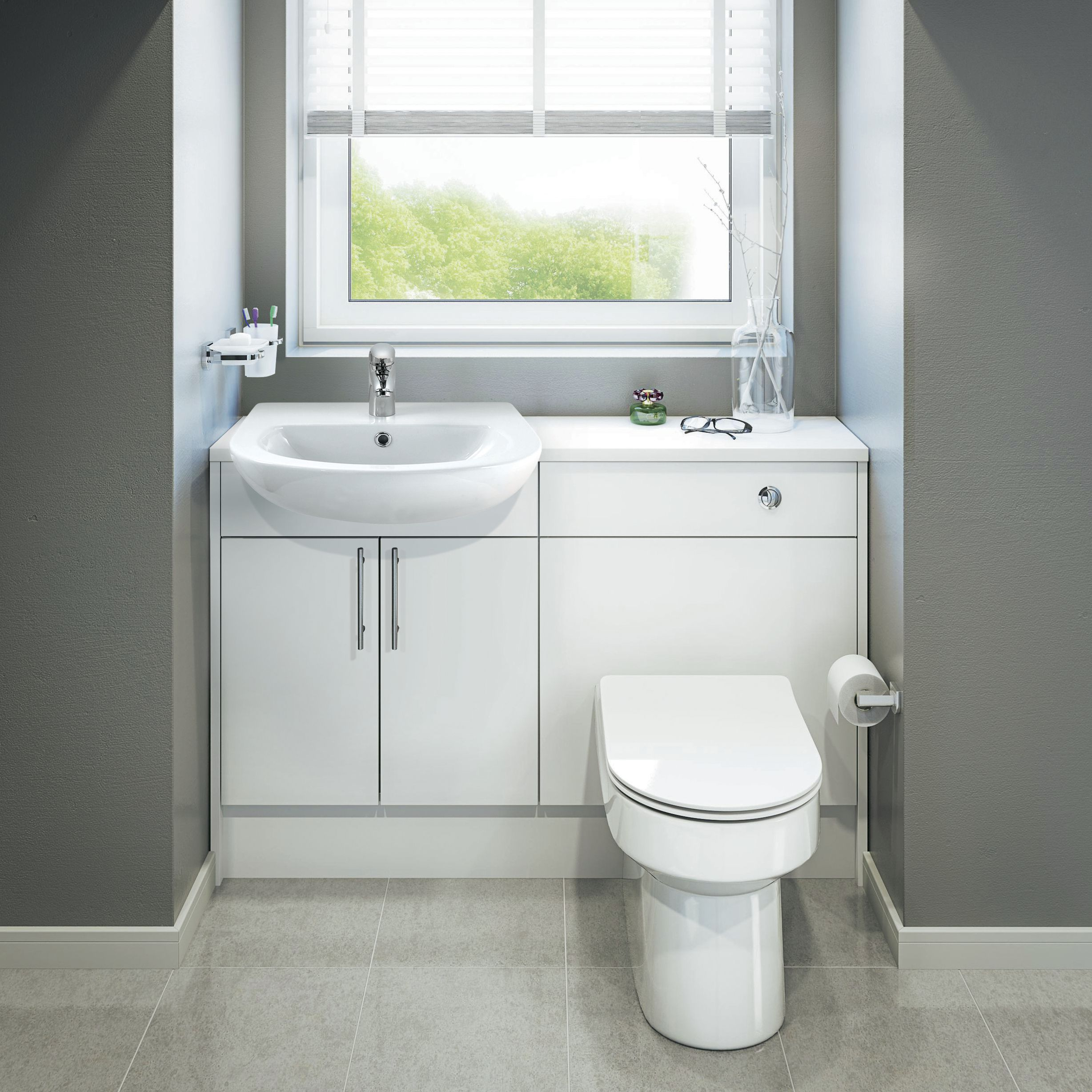 Bathroom fitted units