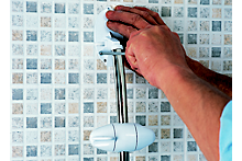 How to fit a shower