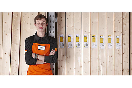 B&Q colleague with timber