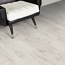 Image for Ostend Fresno Effect Antique Finish Laminate Flooring 1.76 m² Pack deal