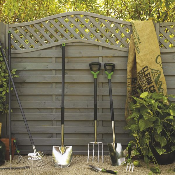 Painting Garden Fences Black