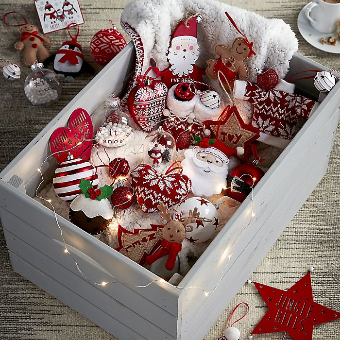 Shop Traditional Christmas decorations