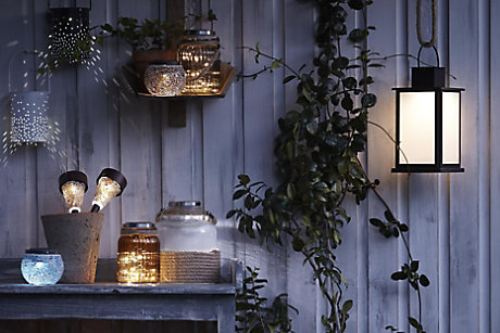 BUYERS GUIDE TO OUTDOOR LIGHTING
