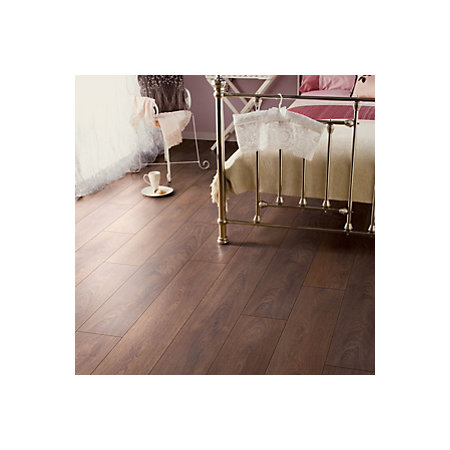 Comlaminate Flooring Packs : Amadeo Shire Oak Effect Laminate Flooring 2.22 m² Pack  Departments ...