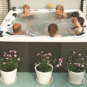 View Hot tubs & Spas details