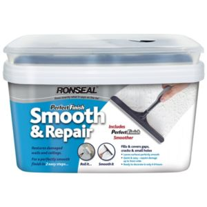 View Ronseal Perfect Finish Smooth & Repair White Matt Undercoat 2.5L details