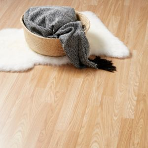Natural Oak effect Laminate flooring Sample
