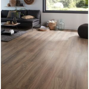 Albury Natural Oak Effect Laminate Flooring Sample
