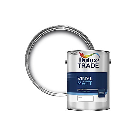 Dulux Trade Trade White Matt Emulsion Paint 5l Departments Diy At B Q