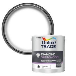 Image of Dulux Trade Diamond Pure brilliant white Satinwood paint 2.5L