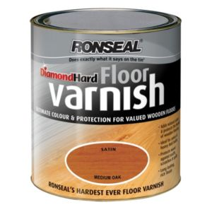 View Ronseal Diamond Hard Medium Oak Satin Floor Varnish 2.5L details