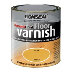 View Ronseal Diamond Hard Light Oak Satin Floor Varnish 2.5L details