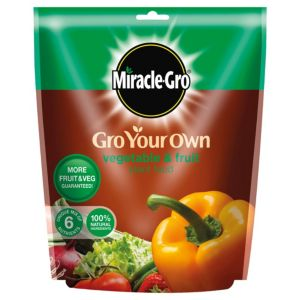 View Miracle Gro Organic Choice Fruit & Vegetable Plant Feed 1.5kg details