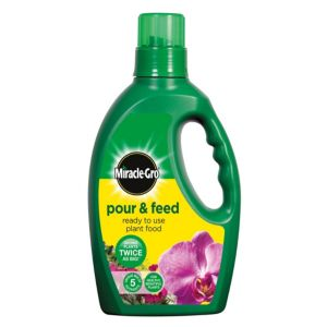 View Miracle Gro Pour & Feed Ready To Use Plant Food 1L details