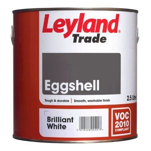 Image of Leyland Trade Brilliant white Eggshell Wood & metal paint 0.75L