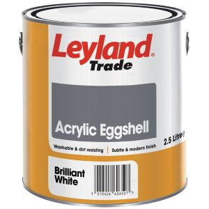 Image of Leyland Trade Brilliant white Eggshell Emulsion paint 2.5L