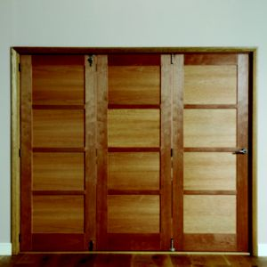 View Beauly 4 Panel Shaker Hardwood Veneer Internal Folding Folding Door LH, (H)2035mm (W)2374mm details