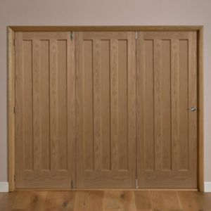 View Saxton 3 Panel Oak Veneer Internal Folding Folding Door LH, (H)2035mm (W)2374mm details