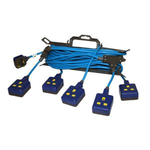 View Masterplug 5 Socket 13 A External Extension Lead 15m Blue details