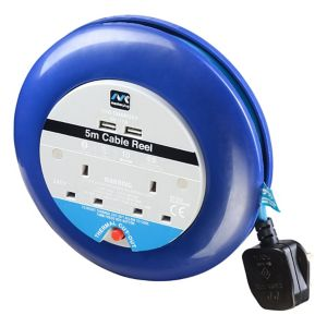 Image of Masterplug 2 socket Cable reel with USBs 5m