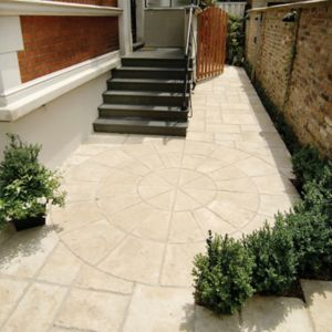 View Weathered Limestone Old Town Circle Paving Pack, 6.12m² (D)2.8M details