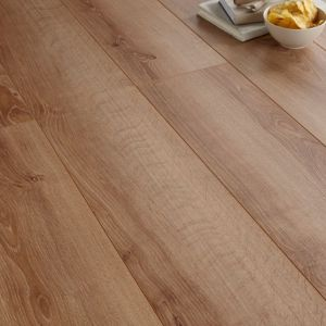 View Natural Oak Effect Laminate Flooring 1.75 m² Pack details