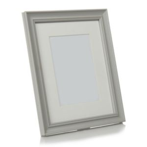 View Grey Traditional Wood Photo Frame (H) 22cm x (W)17cm details