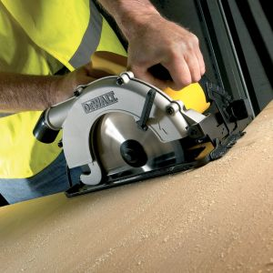 View DeWalt 1150W 184mm Circular Saw D26320-GB details