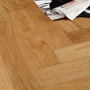 View Colours Everetti Herringbone Natural Oak Real Wood Top Layer Flooring 0.89 m² Pack details