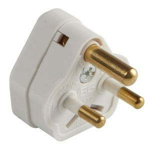 B&Q 2A 3 Pin Plug