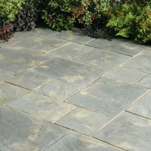 Image of Antique Abbey Paving patio pack (L)3690 (W)2770mm Pack of 45